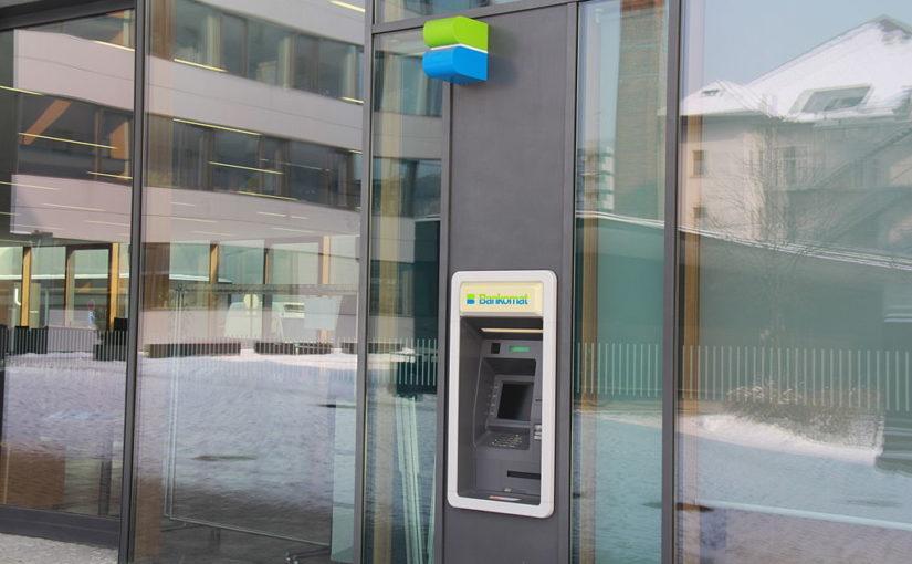 W bankomacie Planet Cash wypłacisz pieniądze i … kupisz ubezpieczenie