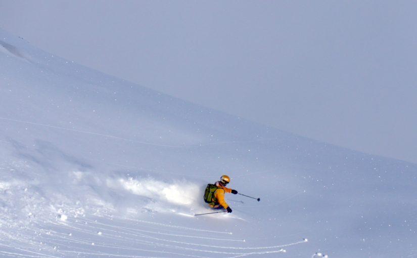 Polisa dla narciarzy musi mieć odpowiedni zakres ochrony