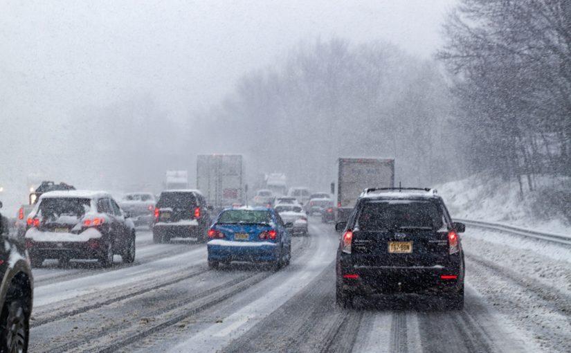 Ilość wezwań assistance samochodowego pod koniec roku wzrasta