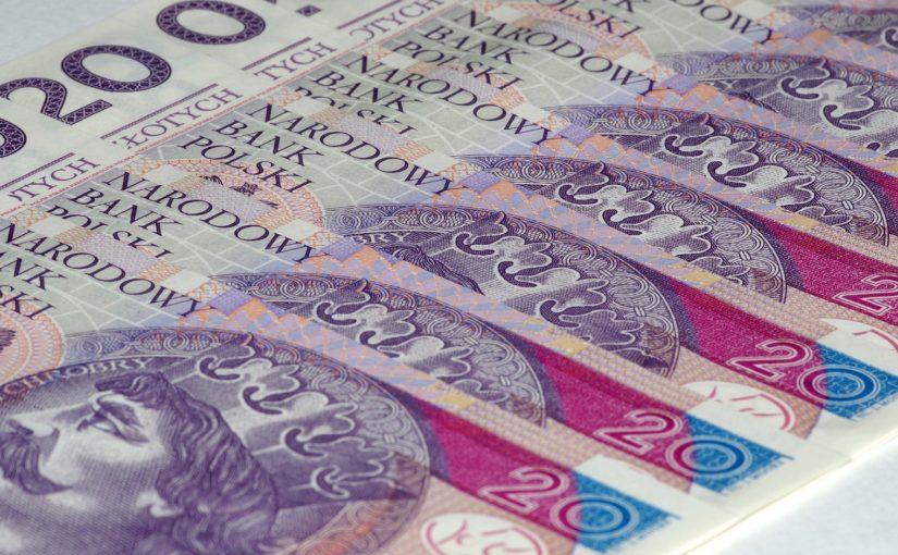 Klienci Compensy zapłacą za polisę w ratach